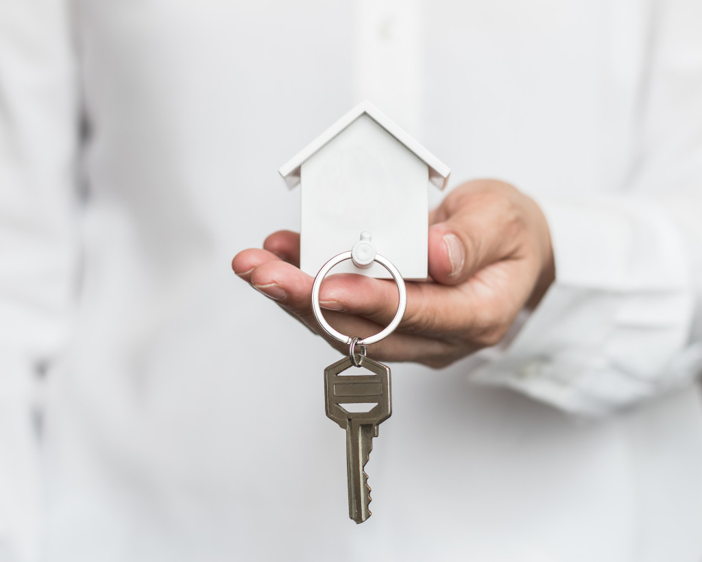 house and keychain